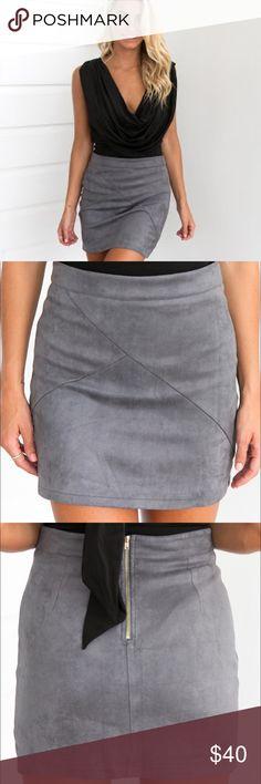 🐺 Foxtrot Suedette Skirt {Gray} 1️⃣ DETAILSGray tone Mini skirtGold zipper at backSuede like materialStitch detailing MODEL INFORMATION Model:Michaela wears XS Mauri's at Winter Park Skirts Mini