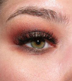 image from http://img.makeupalley.com/8/5/8/9/2672970.JPG