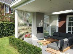 Luxe shutters voor terras overkapping