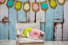 Easter garland and snail