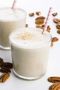 Pour pecan milk over cereal or use in smoothies, baked goods, or add it to your favorite hot beverages. This creamy nut milk is dairy-free and delicious! Pecan Milk Recipe, Pecan Recipes, Milk Recipes, Plant Based Milk, Milk Plant, Vegan Hot Cross Buns, Peanut Butter Granola, How To Make Pesto, Sheet Cake Recipes