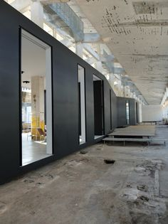 Z Gallery / O-OFFICE Architects - Reuse - Sustainability - Raw Design