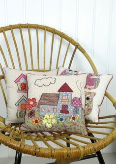 Pillows with patchwork applications (traffic, ideas) / pillows / SECOND STREET Applique Cushions, Patchwork Cushion, Sewing Pillows, Quilted Pillow, Scatter Cushions, Pin Cushions, Throw Pillows, Cottage Cushions, Free Motion Embroidery