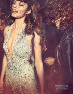 Cameron Russell by Inez & Vinoodh for Vogue Paris May 2015 Fashion Tag, 70s Fashion, Party Fashion, Look Fashion, Trendy Fashion, High Fashion, Fashion Design, Street Fashion, Fashion Trends