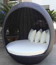 wicker outdoor reading nook