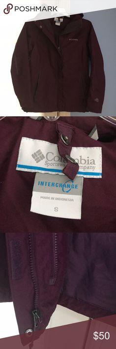 Columbia interchange shell jacket burgundy small Columbia interchange shell jacket double zipper - Columbia fleece will zip in for double warmth size small Columbia Jackets & Coats