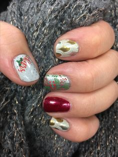 My latest jamicure! Appliqué wraps, holiday cheer wraps and our siren lacquer! ❤️❤️❤️