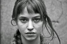 Lou de Laâge (b,1990) French actress. Respire, L'Attessa