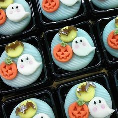 Repost a new photo taken by tak_r4! #japan #tokyo #japanesesweets #wagashi #halloween #pastry #teaceremony #tradition #imadeit #和菓子 #ハロウィン#instagramsearch #searchinstagram http://ift.tt/1Gsesti More post like this http://goo.gl/kZKBdC - http://ift.tt/1Myc4xw #hash4tag
