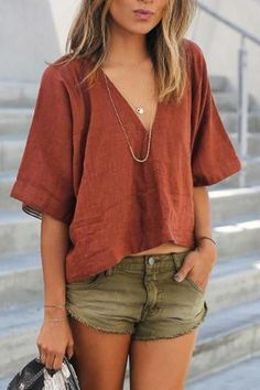Boho fashion 824299538032976717 - Solid Color Casual Loose Cotton V-Neck Short-Sleeved T-Shirt Top Source by bepositiveTshirts Look Fashion, Fashion Outfits, Earthy Fashion, Indie Fashion, Fashion Fall, Fashion Shirts, Classy Fashion, Korean Fashion, Fashion Quotes