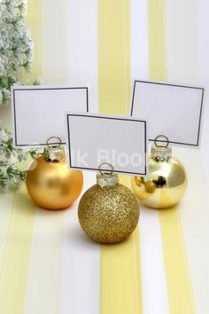Red Gold Silver Glass Bauble Place Card/Photo Holder Set of 6 Christmas Wedding Christmas Brunch, Christmas Wedding, Winter Christmas, Holiday Fun, Christmas Holidays, Christmas Ornaments, Christmas Parties, Xmas, Gold Christmas