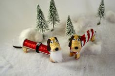Dachshund SANTA Dog - Wine Cork Puppy Ornament, Wine Christmas Gift, Wine Decor, Wine Gift - Doxie