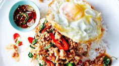 Stir-fried minced chicken with holy basil (pad grapao gai) recipe : SBS Food Thai Dishes, Food Dishes, Asian Recipes, Healthy Recipes, Ethnic Recipes, Healthy Meals, Healthy Food, Mince Recipes, Cooking Recipes