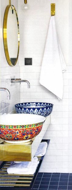 Taking two different patterns makes it more interesting. #bathroom