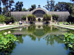 Nobody will argue with us when we say that there is justtoo much to do at Balboa Park. This amazing public space is chock full of activities that have the ability to entertain for days on end. There are museums of all kinds, gardens, hiking trails, unique attractions (like a carousel and miniature train), playgrounds,…