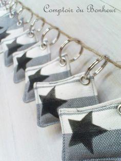 porte-clé coussinet étoile noire