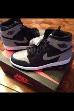 593193f140b Air Jordan 1 Retro High OG GS Shadow Black Soft Grey QS 575441-014 Size  4.5y. Tenis Nike ...