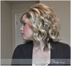 Flat Iron Curls http://www.thesmallthingsblog.com/2011/11/curling-with-flat-iron.html