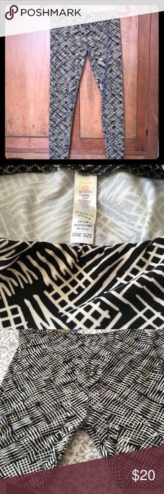LuLaRoe OS leggings Black and cream geometric pattern leggings by LuLaRoe - gently worn. These butter leggings are the softest leggings you'll ever wear! LuLaRoe Pants Leggings