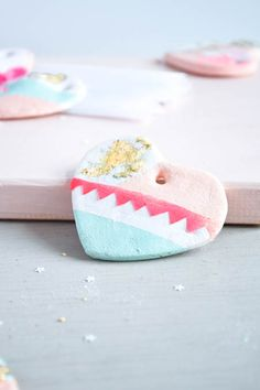 Valentine's day idea, valentine's day gift, gift for the loved one, salt dough hearts, cute, sweet vday idea, valentine's inspiration, pretty pink handmade hearts