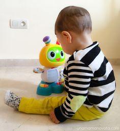 ¡Jugamos con el Robot Robi y te decimos dónde lo hemos encontrado al mejor precio! #unamamanovata #niños #juguetes #juguetesbaratos ▲▲▲ www.unamamanovata.com ▲▲▲