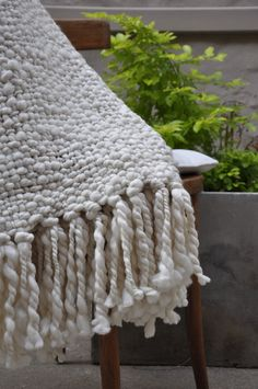 Alma Chunky Cable Knit Throw Blanket | Homelosophy