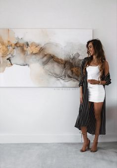 Kim Rose - Renowned Los Angeles based artist is best known for her gold luxury fine art. Also known for her viral Kiss minimal line drawing. Diy Canvas Art, Abstract Painting Canvas, Acrylic Art Paintings, Abstract Oil, Rose Art, Acrylic Pouring Art, Alcohol Ink Art, Art Techniques, Diy Art