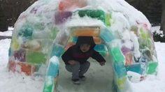 Family builds multi-coloured igloo during Polar Vortex