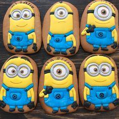Так люблю миньонов 😍Кстати, и они, и ещё столько всего классного будет на ярмарке 16-17 июня на Казанском ипподроме!!) приходите и… Minion Cookies, Cupcake Cookies, Sugar Cookies, Cupcakes, Minions, Birthday Presents For Mum, Minion Party, Cookies For Kids, Cookie Decorating