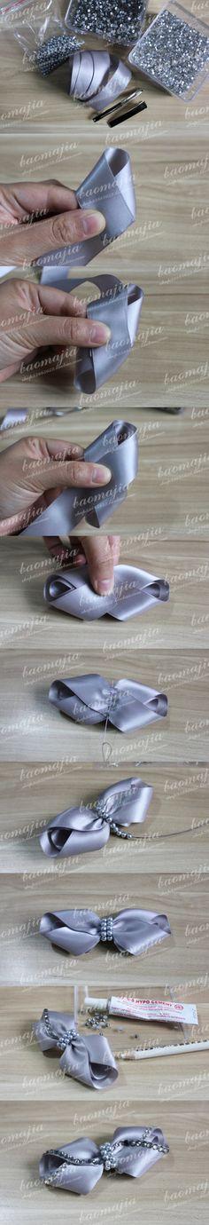 Material: 2,5 cintas de plata gris, gran media un metro es suficiente, o es de fondo plano taladro 4MM plata gris perla, así como un clip.