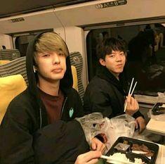 Hyung x Maknae Day6 Dowoon, Jae Day6, Korean Bands, South Korean Boy Band, K Pop, Warner Music, Kim Wonpil, Young K, Bob The Builder