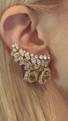 Certified White Gold Diamond with Screw Back and Post Stud Earrings J-K Color, Clarity) – Fine Jewelry & Collectibles Pakistani Jewelry, Indian Wedding Jewelry, Bridal Jewelry, Ear Jewelry, Jewelry Accessories, Fine Jewelry, Jewelry Design, Simple Jewelry, Mellow Yellow