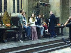 Chillin on the Hogwarts set! Lol!