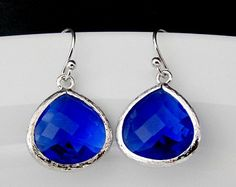 The Grace and Elegance of blue earrings Types Of Earrings, Small Earrings, Glass Earrings, Blue Earrings, Etsy Earrings, Drop Earrings, Inexpensive Jewelry, Affordable Jewelry, Blue Bayou