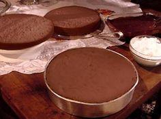 Genoise de chocolate - Veja mais em: http://www.cybercook.com.br/receita-de-genoise-de-chocolate.html?codigo=49094