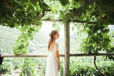 pero que bonita es la #ribeirasacra en #galicia #casamento #vino    #woodlandwedding #outdoorwedding #rusticwedding #ukweddingphotographer #junebugwedding #elopement #elopementphotographer #destinationwedding #theartofcapturingstori #wedding #weddingday #otaduy #josetroitnho #lifestyle #weddingdestination #life #lookslikefilm #lovely #travel #weddingphotographer #luz #bodasoriginales #bodaalairelibre #boda #portrait #amordaterra
