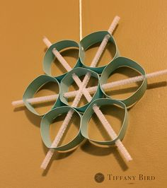 piping paper snowflake #tutorials #paper #winter