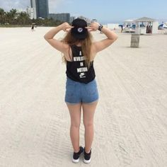 Amy-Martine  @amymartine FOLLOWS YOU If you're looking for tweets about Electronic Dance Music you've come to the right place. Ultra Miami, Tomorrowland, Electric Love & Creamfields 2015.  youtube.com/amymartinevlogs