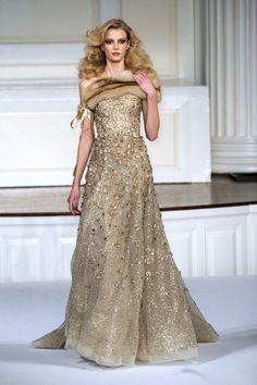 Oscar de la Renta. Coco e l'Istrione  Gold Dress