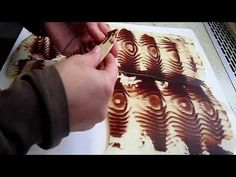 Chocolate Mirror Glaze, Chocolate Art, How To Make Chocolate, Chocolate Making, Pastry School, Dessert Decoration, Unique Wedding Cakes, Chocolate Decorations, Food Art