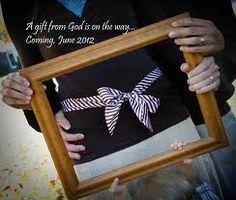 Great idea for expecting photo!