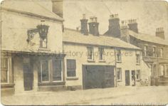 MFA/10/1/1 Black and white photograph showing exterior of the Bird I'th Hand public house, Prescot Road, St.Helens c.1900.   . . MFA - Family histories, diaries and miscellaneous items 10 - Items relating to the Mercer family of St.Helens 1 - Photographs relating to the Mercer family of St.Helens