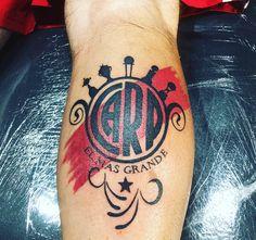 65 Best Ideas for tattoo hombre pierna futbol Trendy Tattoos, New Tattoos, Tattoos For Guys, Tatoos, River Tattoo, Carp Tattoo, Feet Drawing, Bible Verse Tattoos, Sister Tat