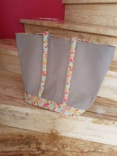 Travel Bag, Floral Tie, Diy Couture, Tote Bag, Ranger, Sport, Denim, Scrappy Quilts, Felted Bags