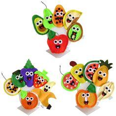 Dedoches Alimentos - Frutas ( Abracadabra Fantoches )  ITENS: 18 DEDOCHES ( abacate, abacaxi, banana, caju, carambola, goiaba, kiwi, laranja, limão, maçã, mamão, maracujá, melancia, melão, mexerica, morango, pêra e uva). DESCRIÇÃO: Dedoches próprios para auxiliar na educação alimentar. A intenção é apresentar às crianças, o mundo dos alimentos de forma divertida.   MATERIAL: Feltro, cordão e linha. DIMENSÕES: 5 x 8 cm, em média cada. EMBALAGEM: Saco de celofane transparente fechado com ...
