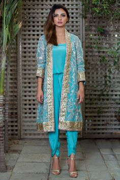 Shop online formal clothes in various designs and styles at the best prices form Nida Azwer. Our formal collection includes Light and heavy formal clothes. Diy Fashion, Indian Fashion, Fashion Dresses, Indian Designer Suits, Indian Suits, Tulip Pants, Light Blue Dresses, Wardrobe Design, Saree Dress