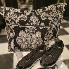 #nalber #fashion #modafemenina #modamujer #moda #barcelona  #zapatos  #bolsos  #accesorios