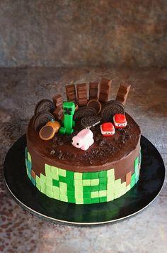 A Minecraft torta esete a majdnem kompromisszumkész anyával – Sweet & Crazy Cake Decorating, Decorating Ideas, Oreo, Fondant, Birthday Cake, Sweet, Food, Cakes, Meet