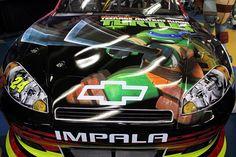 "Jeff Gordon goes ""green"" with Ninja Turtle paint scheme for Charlotte race"
