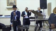 Ronaldo Gobbis & Veroneze Almada ao vivo (Someone Like You) Há duas semanas filmado por um espectador em uma cerimônia na igreja em Vila Matilde. (Maio 2014)